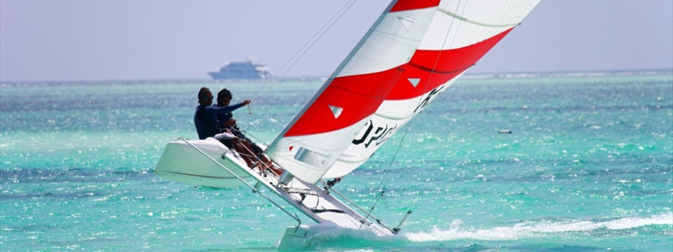 Enjoy the Exhilarating water  sports in Maldives