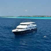 safaris-liveaboards-anastasia-maldives-accommodation