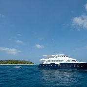 safaris-liveaboards-anastasia-maldives-budget-holidays